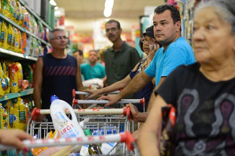 Inflação pelo IPC-S sobe de 0,17% para 0,34%
