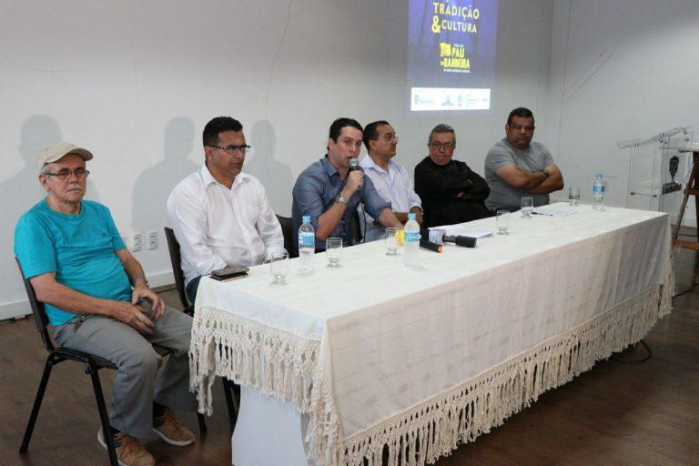 Prefeito anuncia Festa de Santo Antônio de Barbalha com recorde de grupos culturais, eventos religiosos, mega shows e muita segurança