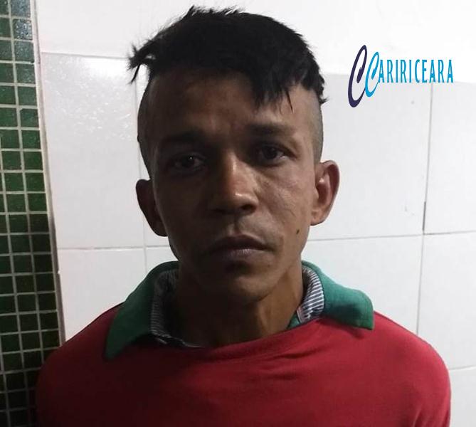 Indivíduo é preso ao tentar assaltar policial militar, no centro de Juazeiro do Norte