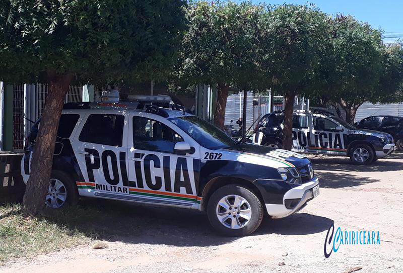 Polícia do Barro efetua prisões por furto e receptação; em Barbalha ladrão de galinha é preso após furto em Padaria