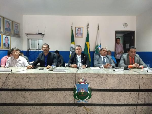 Câmara do Crato debate novo sistema do zona azul no município