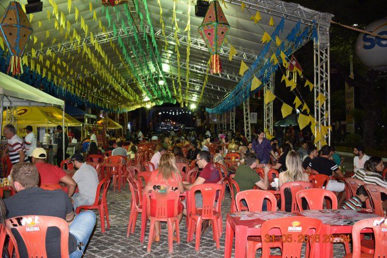 Quermesses, leilões e muita música animam a Festa de Santo Antônio