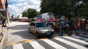 Rua São Pedro é liberada para passagem de veículos