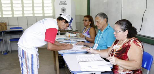 Mesários começarão a ser convocados para as Eleições 2018