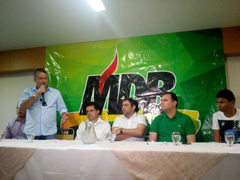 MDB Cratense realizou reunião neste domingo e apresentou Rafael Branco pré-candidato a deputado estadual e o Deputado Federal Moses Rodrigues