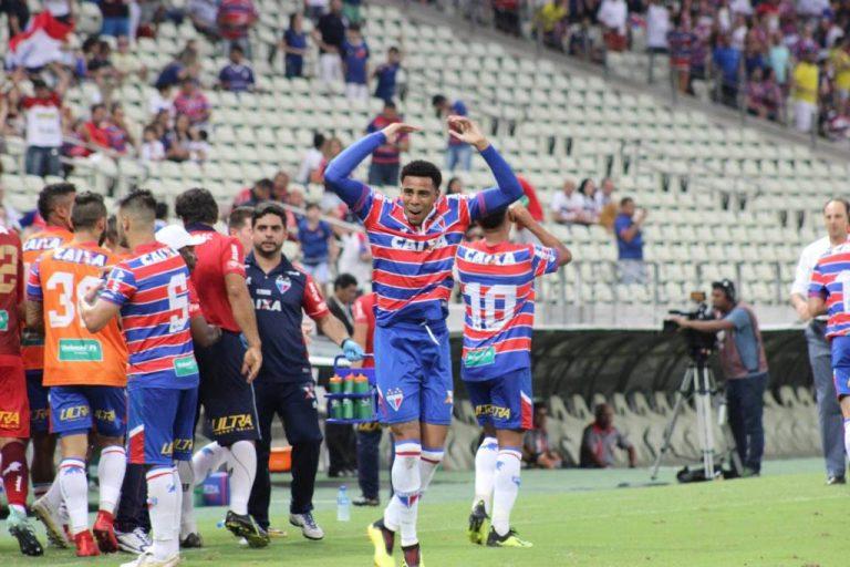 Fortaleza vence o Boa Esporte de virada pelo placar de 2 x1