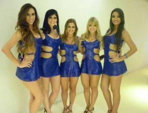 Karine Guzman, à direita, formou o grupo As Leoas Foto: reprodução/ faebook