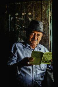 Poeta Luciano Carneiro