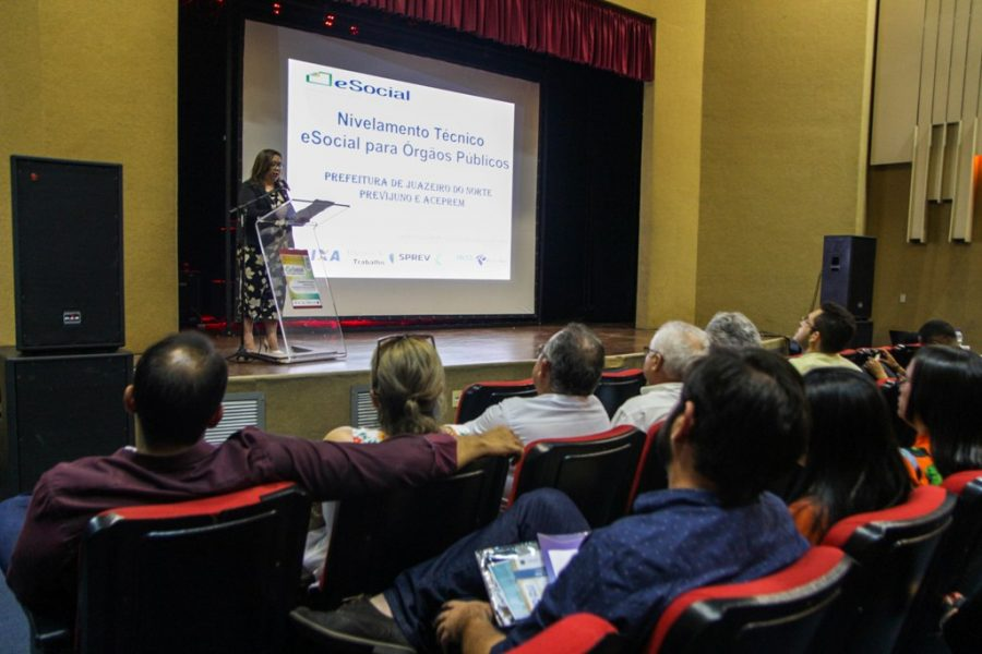 Juazeiro do Norte realiza orientação sobre Implantação do eSocial para órgãos públicos