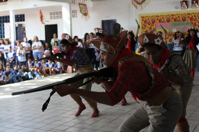 Liceu Diocesano realiza I Mostra Cultural de Raiz Terreirada e conta com a participação de várias escolas cratenses
