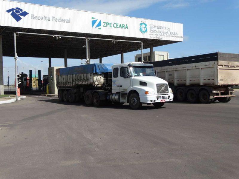 ZPE Ceará movimenta R$ 1 bilhão em placas de aço pelo sistema DU-E em 2018