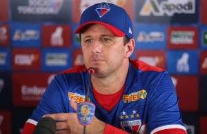 Ceni diz que não aceitaria convite de Leco para treinar o São Paulo