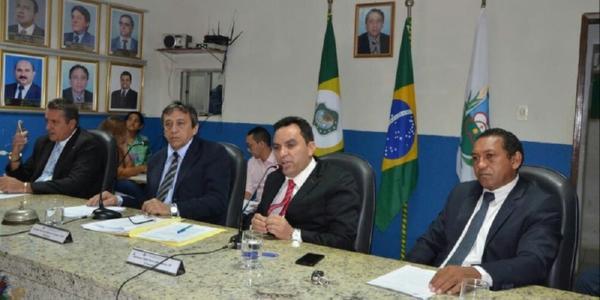 Sessão discute atuação da gestão municipal