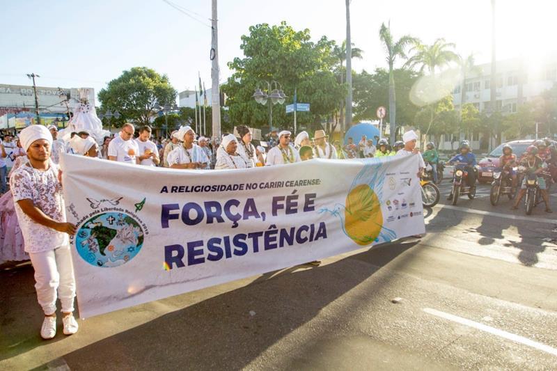 X Caminhada pela Liberdade Religiosa reúne centenas de pessoas