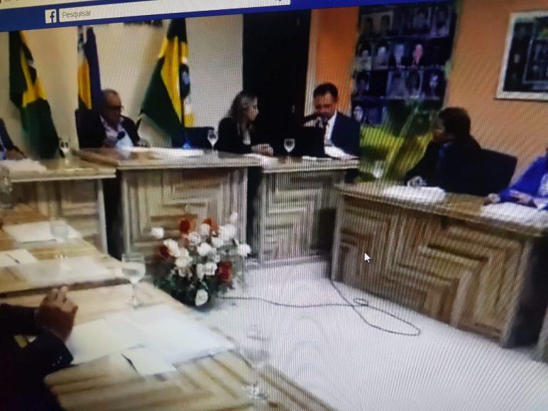 Em Nova Olinda, pedido de vista impede análise de denúncia contra o prefeito