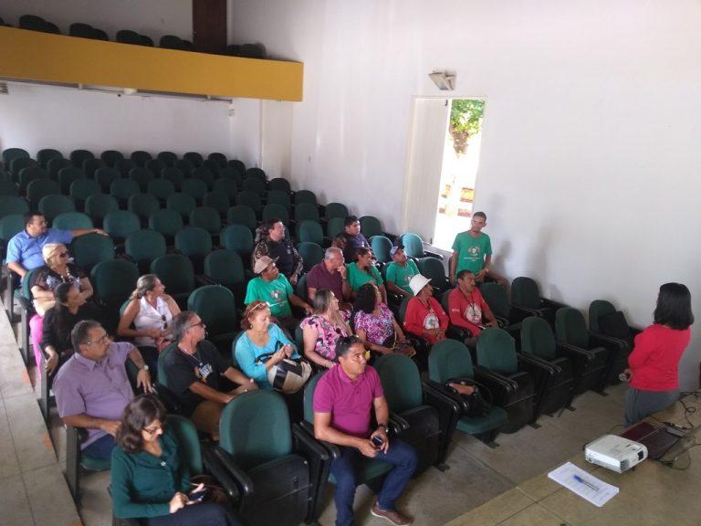 Crato sedia reunião técnica do projeto de Inclusão Produtiva de Catadores e Catadoras em Redes Solidárias do Estado do Ceará