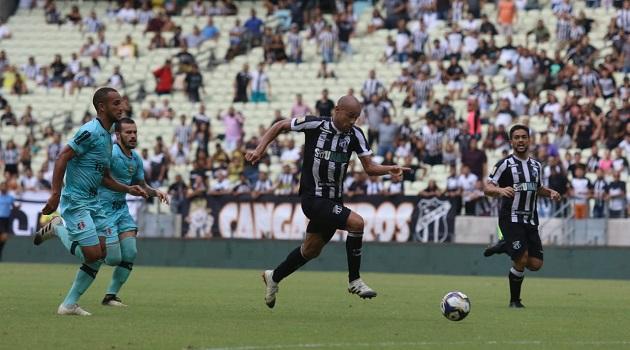 Copa do Nordeste: Ceará vence o Santa Cruz e Fortaleza empata com o Moto, em São Luís