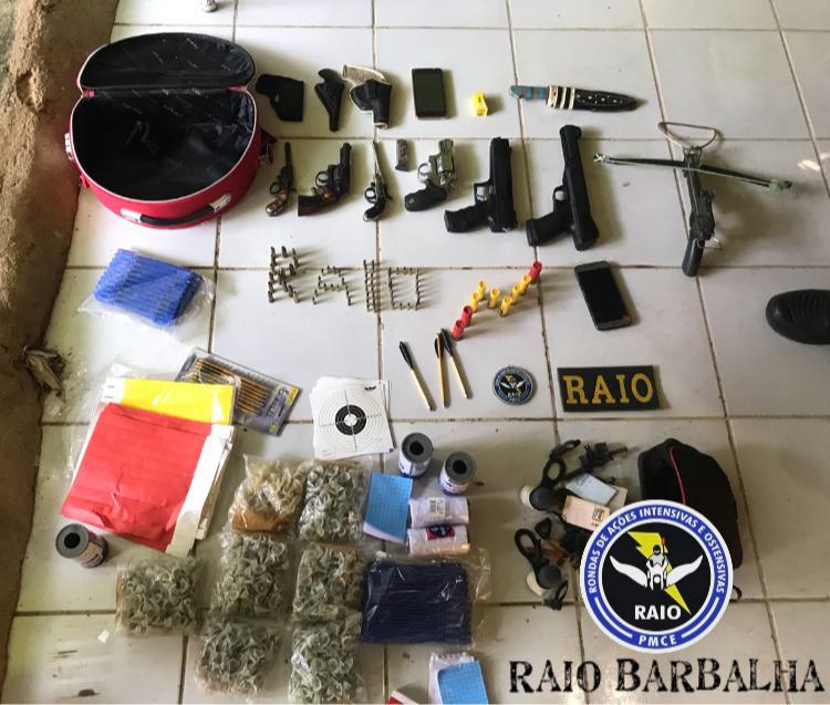 Dupla é presa em Missão Velha acusada de posse ilegal de armas de fogo e crime ambiental