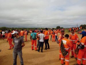 Trabalhadores da Transposição decidem manter greve que já dura mais de 40 dias