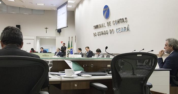 Abertura ilegal de créditos adicionais motiva parecer desaprovando contas de governo do município de Jardim