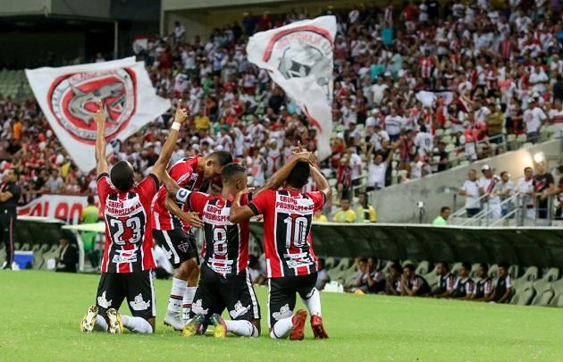 Ferroviário bate o Santa Cruz-PE com goleada na Arena Castelão FOTO _Federação cerense de futebol