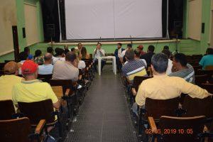 Reunião discute define uso do espaço público por comerciante durante a festa de Santo Antonio, em Barbalha Foto Adriano Duarte