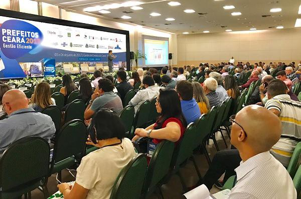 Seminário-Prefeitos-Ceará-mais-de-500-participantes-discutem-Governança-e-Transparência-na-gestão-municipal