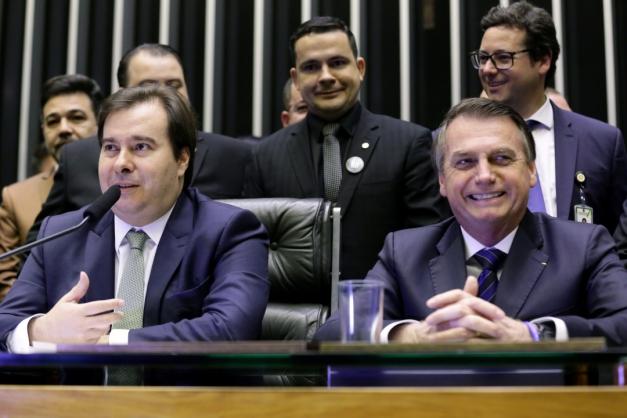 1_2019_06_24t133034z_1_lynxnpef5n12l_rtroptp_4_brazil_politics-407922 (1)