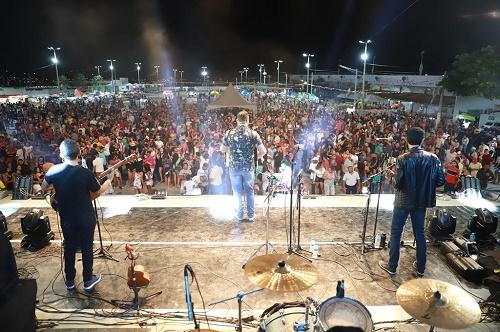 Abertura do Festival de Quadrilhas e shows marcam primeira noite do São João de Juazeiro do Norte no Parque Padre Cícero