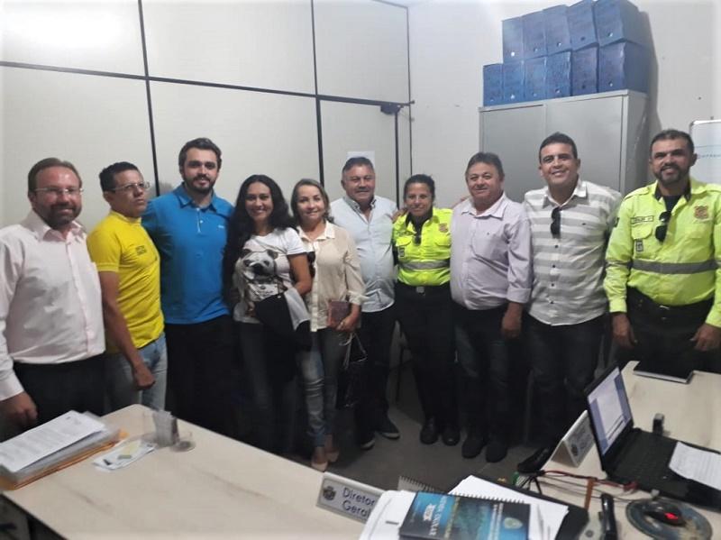 Encaminhado a Câmara de Vereadores de Juazeiro projeto de lei para regularização de Uber no município