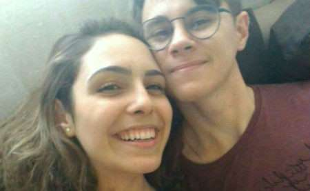 Namorada do ator de 'Chiquititas' acusa o pai de planejar mortes