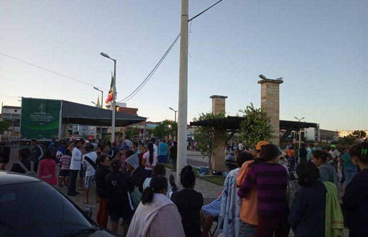 Transtorno marca o primeiro dia de atendimento no caminhão do cidadão em Várzea Alegre
