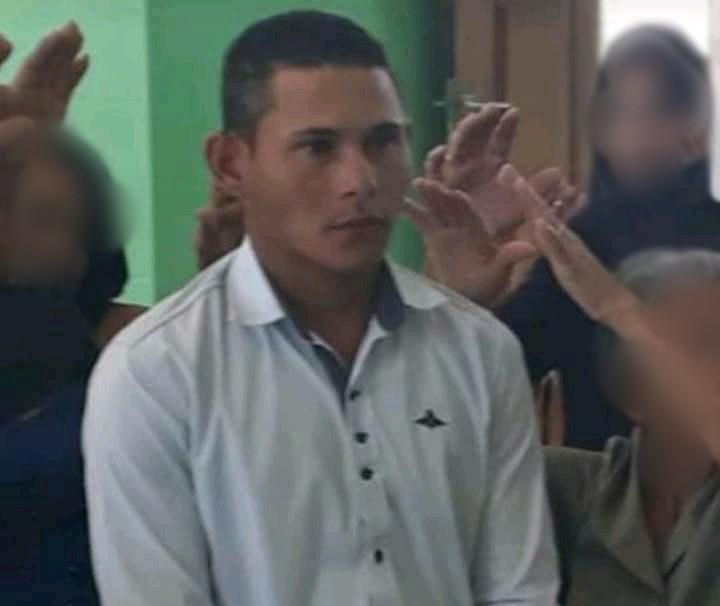 Victor Daniel de Sousa Laurentino, 21 anos Moto a faca em Potenbgi, 16.09.2019 Foto Redes sociais