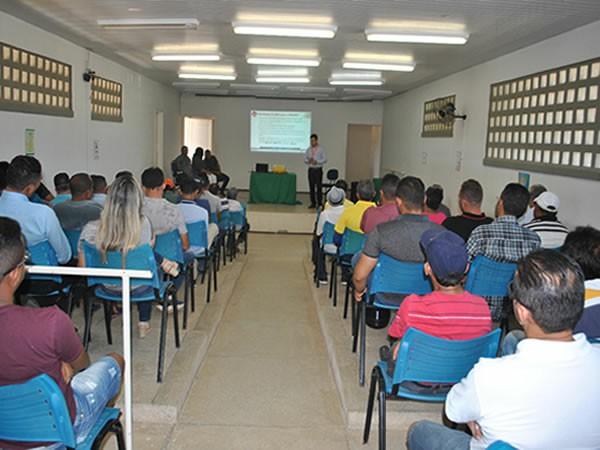 Prefeitura de Santana do Cariri e Banco do Nordeste promovem encontro com empreendedores locais