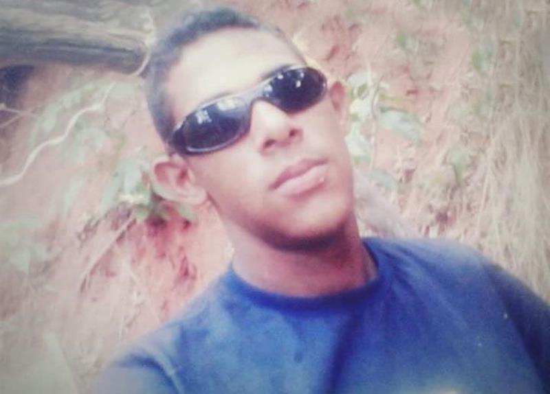Zapata Araújo Batista, 23 anos assassinado no 01 de outubro de 2019 na Vila Lobo, em Crato. Foto: Redes sociais