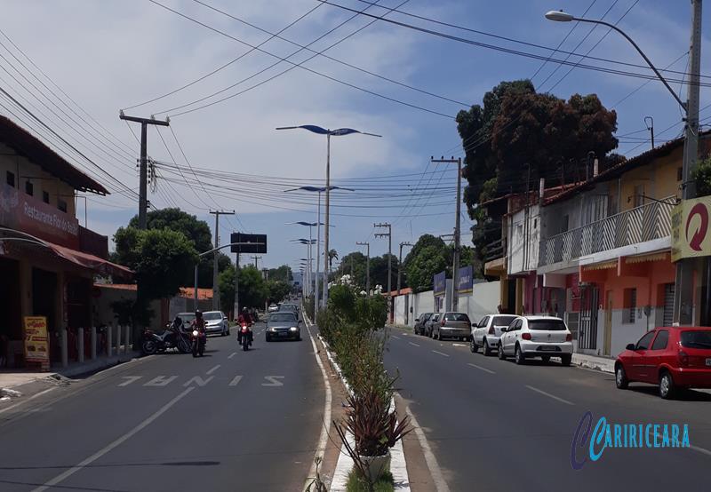 Avenida Perimetral Dom Francisco, Bairro São Miguel em Crato. Foto: Jota Lopes/Agência Caririceara.com