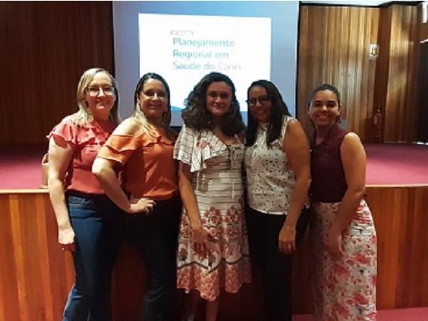 Secretária de Saúde Aline Alencar, e equipe técnica no Planejamento Regional em Saúde Reprodução.