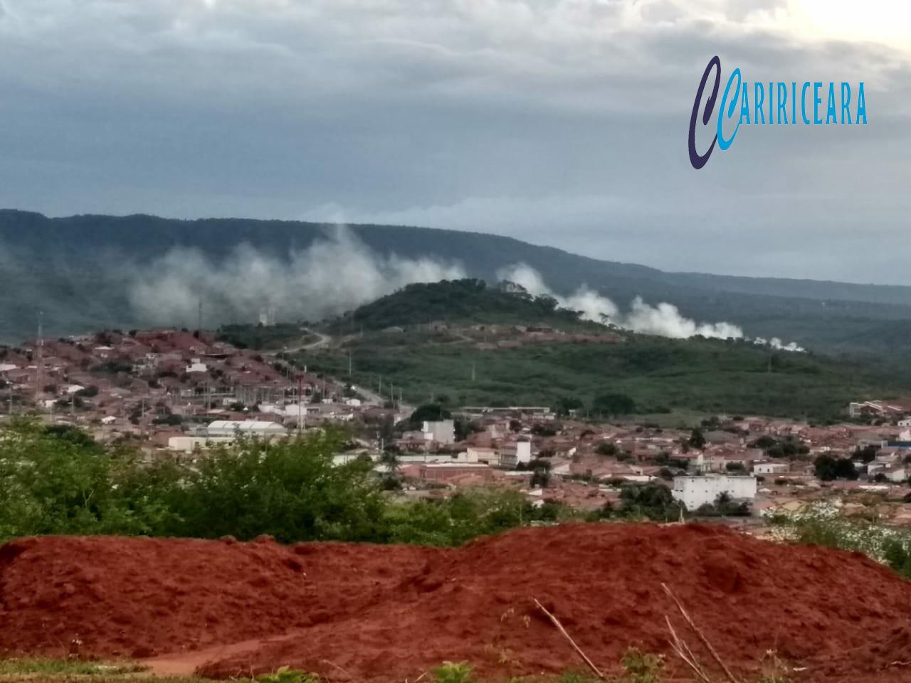 Queimadas em lixão continuam prejudicando moradores de Barbalha