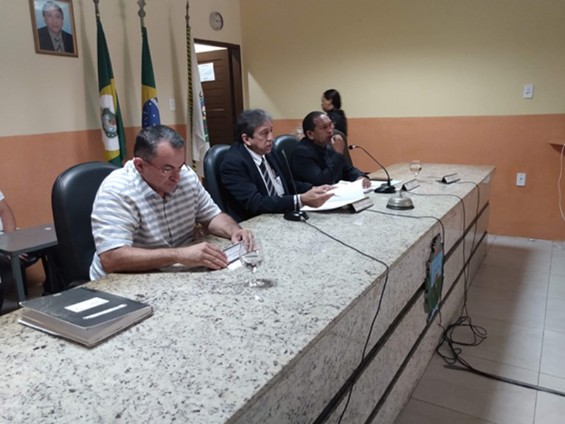 Câmara aprova reajuste dos servidores públicos e altera Lei em favor dos agentes do Demutran