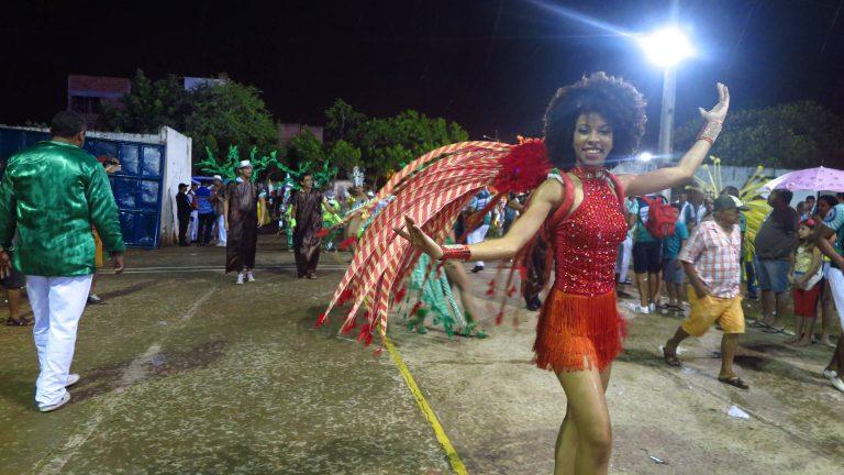 Desfile-das-campeãs-Unidos-do-Morro-Barbalha - Foto Antonio Rodrigues-Divulgação