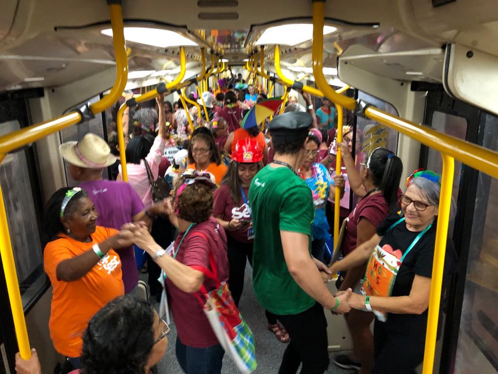VLT do Cariri abre alas para o Trem Folia com idosos