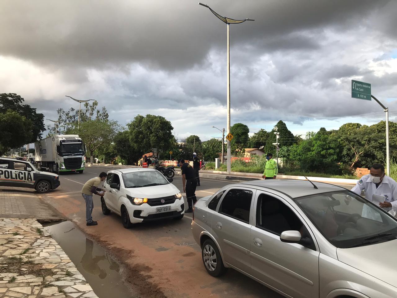 Barbalha realiza barreira sanitária entre municípios limites (2)