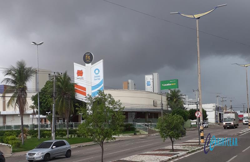 Tempo nublado em Juazeiro - - 03.março_202 Foto Jota Lopes-Agência Caririceara (1)