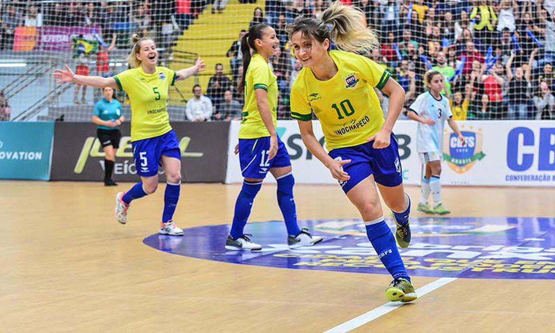 amandinha_selecao_brasileira_de_futsal - © CBFS-Ricardo Artifon-Direitos Reservados