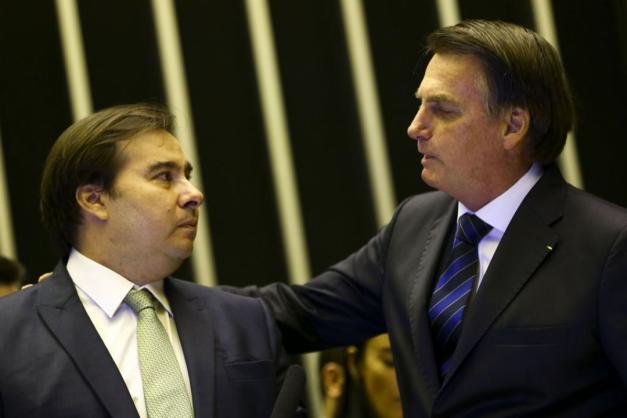 Entre outras coisas, Bolsonaro disse que Maia assumiu o papel do Executivo (Foto Marcelo Camargo Agência Brasil)