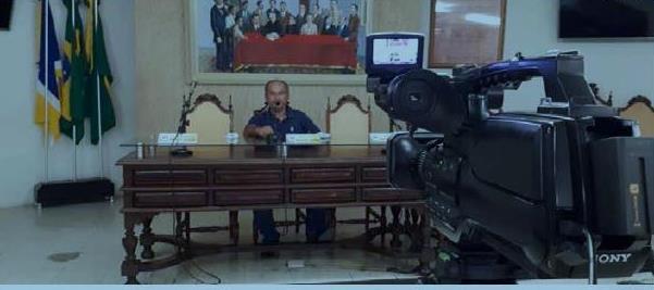 Câmara de Vereadores de Juazeiro do Norte cobra providências sobre cancelamento de contratos pelo município