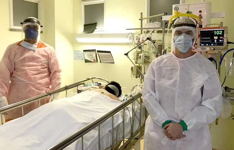 Fisioterapia ajuda na recuperação de pacientes internados no Hospital Regional do Cariri