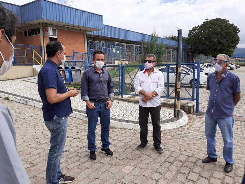 Grupo de Trabalho Estratégico para a retomada do comércio, em Crato, faz visita técnica à Grendene