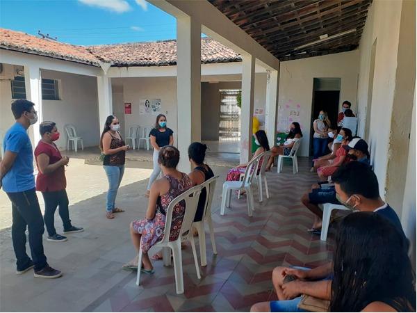 """SANTANA DO CARIRI. Secretaria de saúde lança campanha """"agosto dourado"""" de incentivo ao aleitamento materno"""
