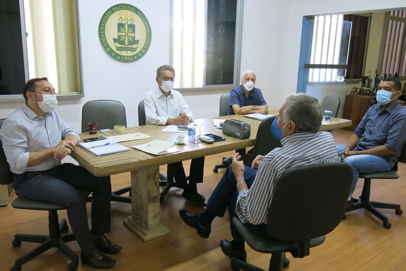 URCA inicia agenda técnica para implantação do Curso de Medicina em Crato